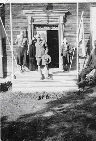 Folke Bernadotte med junselescouter 1938